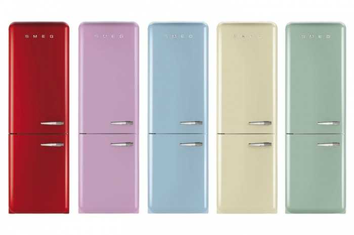 smeg-fab50-50s-retro-style-refrigerator_-720x480-c